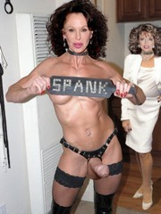 Joan Collins fake pictures