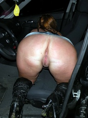 Booty mommy at the car. Amateur pictures