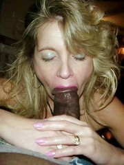 Real American wives does nice blowjob