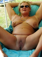 Naked and Old MOMs-CHUBBY PLUMP BBW SSBBW