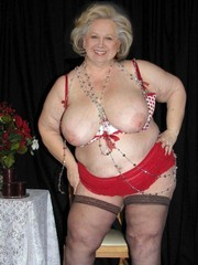Private sexy photos of real UK grannies