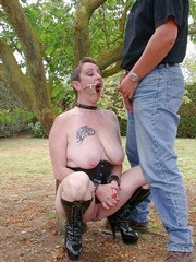 Chienne Mary,a mature sub punished by..