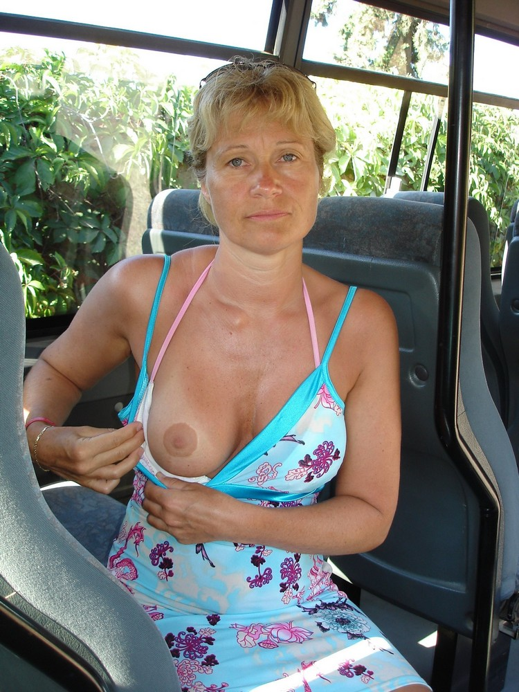 Busty old woman rubs her mature clit 8