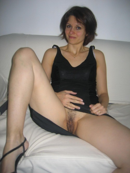 Mature shy mom nude