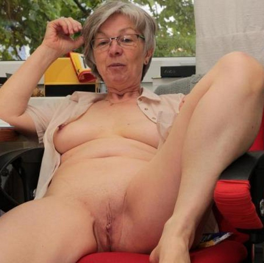nude senior ladies