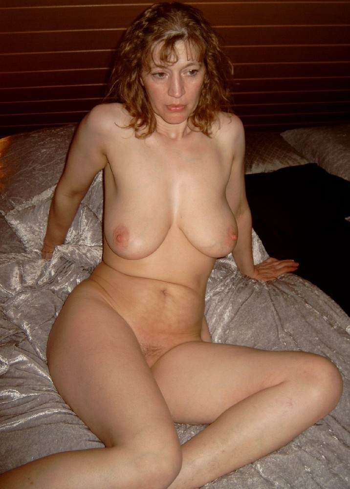 Hot mature woman looking for boyfriends and even sex adventures, they ...
