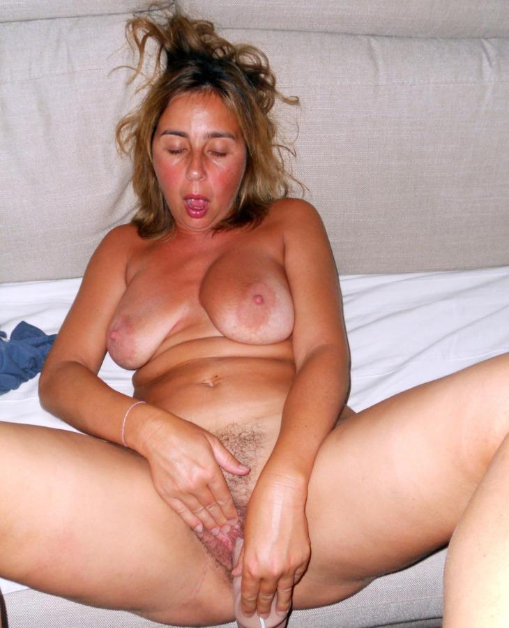 Bisex small tits